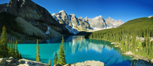 Lake Moraine, Banff National P...