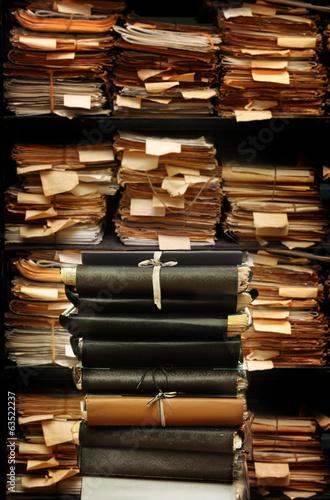 dokumenty-papierowe