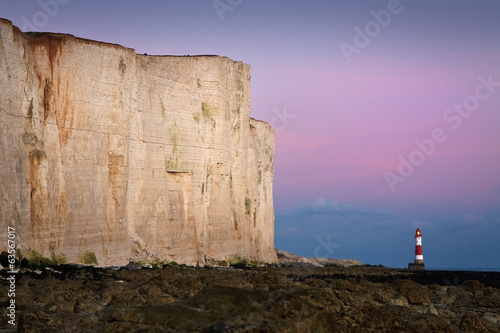 Fotografie, Obraz  Lighthouse at Seven Sisters cliffs.