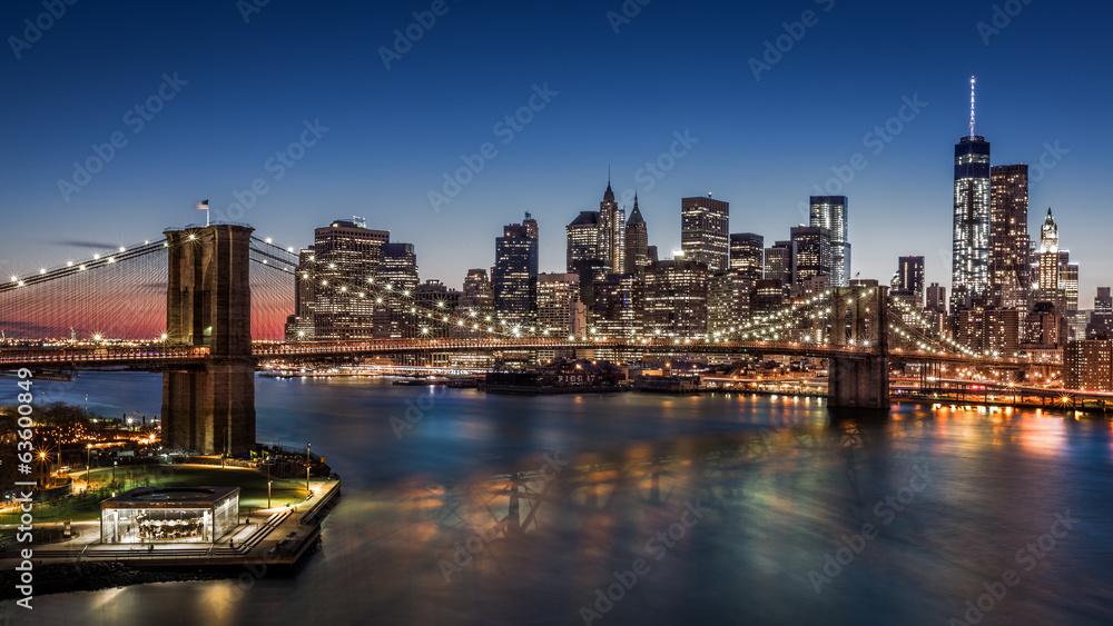 Fototapety, obrazy: Brooklyn Bridge and Downtown Manhattan at dusk
