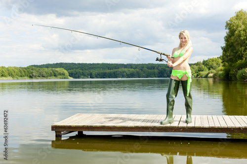 Poster Peche fishing woman standing on pier