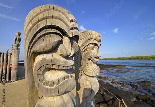 Fotografie, Obraz  Ki'i Carving na Pu`uhonua O Honaunau na Big Island, Havaj