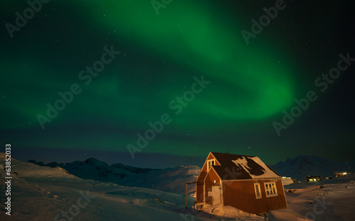 Poster Aurore polaire Northern Lights over Tasiilaq, Greenland