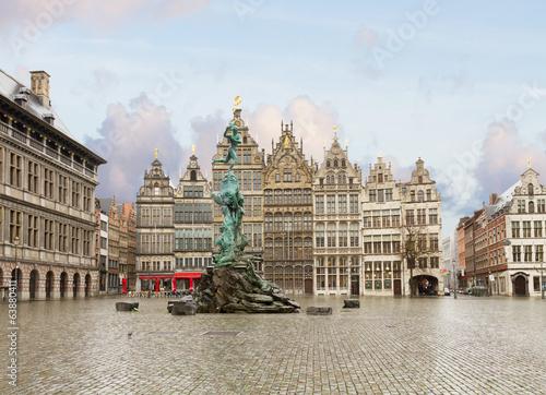 In de dag Antwerpen Grote Markt square, Antwerpen