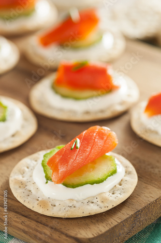 Papiers peints Entree Salmon and Cracker Hor D'oeuvres