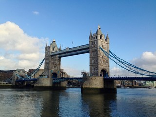 Fototapeta na wymiar Tower Bridge over the Thames River, London, UK.