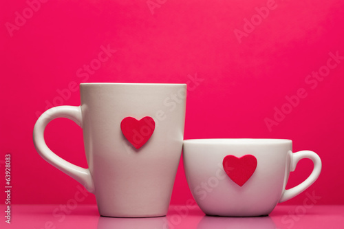 Poster Retro sign Cups with valentines day heart on pink background