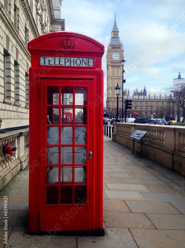 Poster Londres Red Telephone Booth and Big Ben in London, UK.