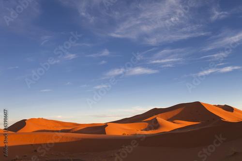 Keuken foto achterwand Rood paars Moroccan desert landscape with blue sky. Dunes background.