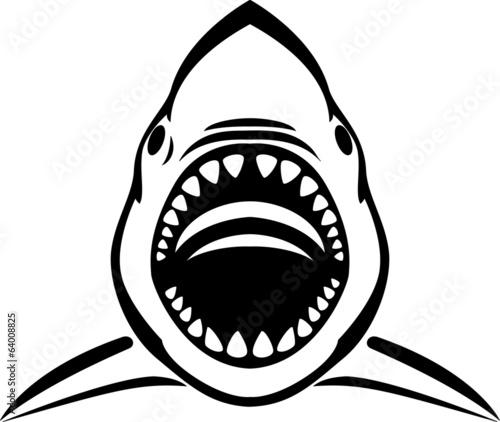 wsciekly-tatuaz-rekina