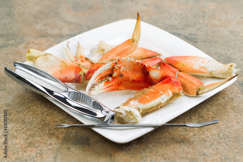 Canvastavla  Large Crab Claw freshly Cooked