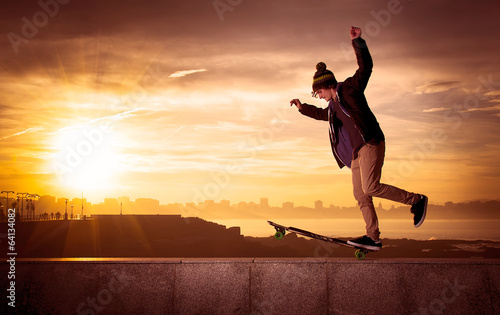 Photo  teen skateboarder
