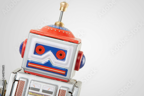 Photo  Robot vintage toy close up, clipping path