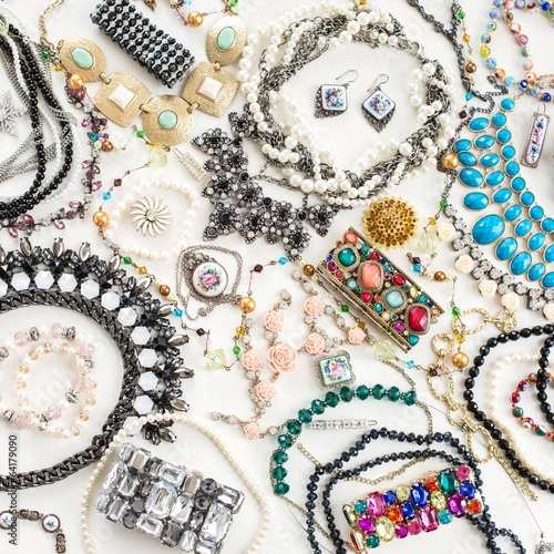 Foto  Fashion jewelry collection