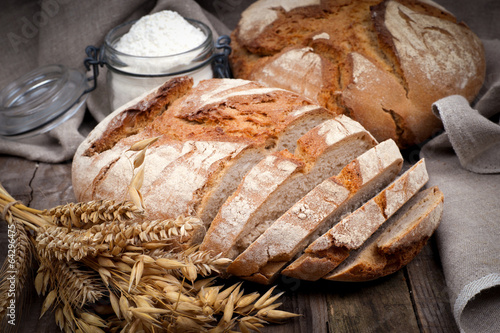 Fresh bread - 64296475