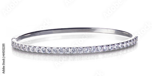 Papel de parede Diamond and gold bangle bracelet isolated on white