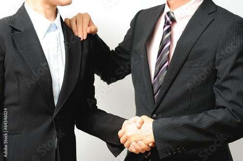 Láminas  スーツを着たビジネスマンの握手