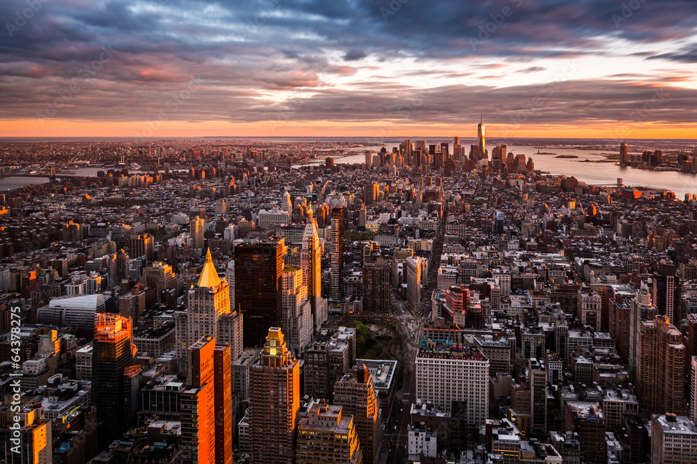 Fototapety, obrazy: Aerial view of the Manhattan skyline at sunset