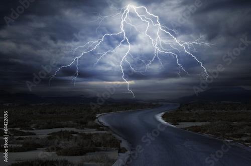 Fotografia, Obraz The Road under the Lightning