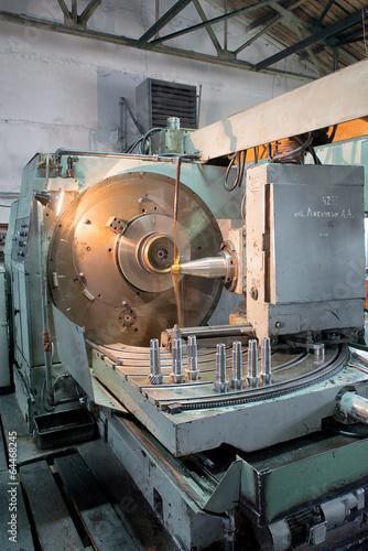 lathe machine © Artem Merzlenko