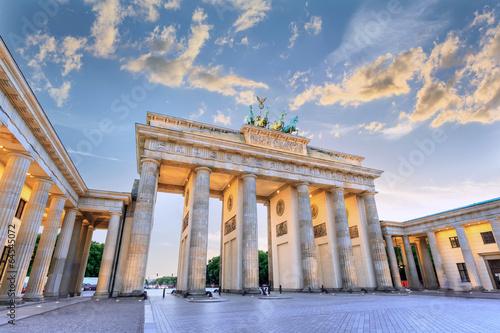 Foto auf Leinwand Berlin sunset at Brandenburg Gate of Berlin, Germany
