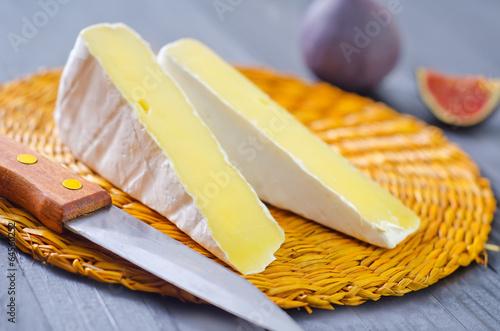 Staande foto Zuivelproducten camembert