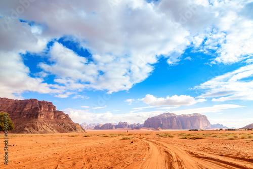 Papiers peints Desert de sable Scenic view of Jordanian desert in Wadi Rum, Jordan.