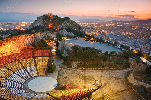 In de dag Athene Athens at sunset from Likabetus Hill.