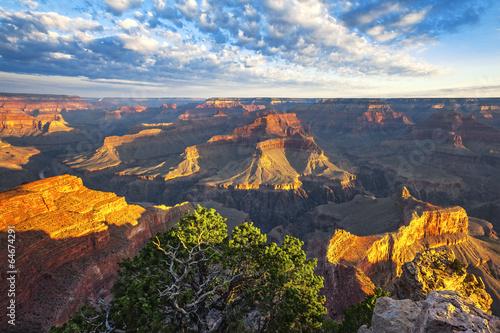 Naklejka premium Widok światła poranka na Wielki Kanion