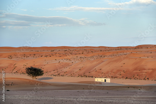 Poster Cuban Red Building Desert Wahiba Oman