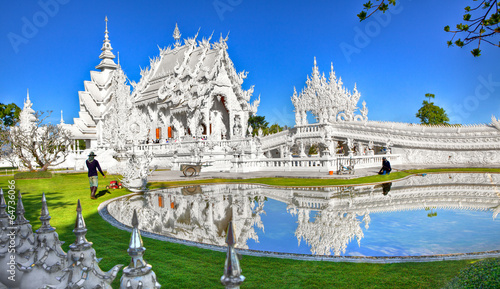 Photo Stands Temple Wat Rong Khun - White Temple - Chiang Rai, Thailand