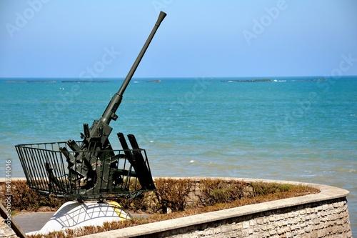 Foto op Plexiglas Arctica Arromanches artillerie 1944