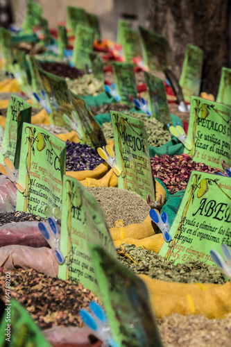 Fototapety, obrazy: Spices Store at the Oriental Market in Granada, Spain