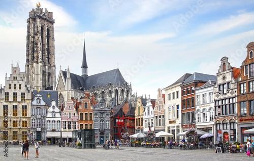 Obraz na plátně St. Rumbold's Cathedral at Grote Markt. Mechelen