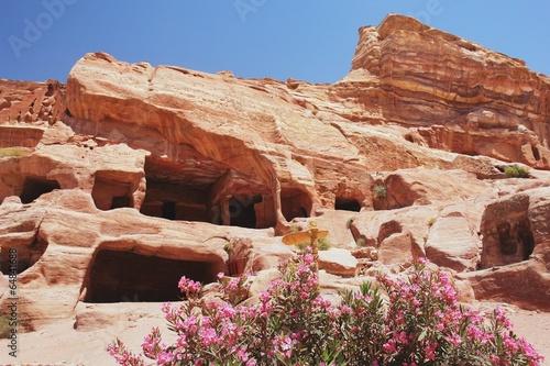 Fotobehang Midden Oosten View of the tombs in Petra, Jordan