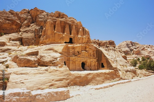 Fotobehang Midden Oosten View of the tombs in Petra, Jordan