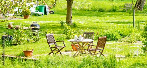 Foto op Canvas Tuin Garten im Sommer