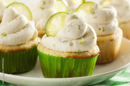 Photo  Homemade Margarita Cupcakes with Frosting