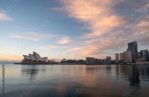Photo  Sunrise at Opera house landmark of Sydney, Australia