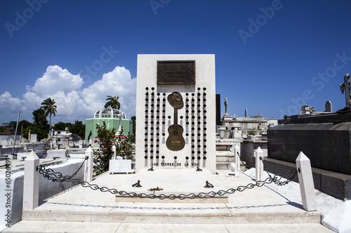 Fotografie, Obraz  Grave Compay Segundo, Cemetery Santa Ifigenia, Santiago de Cuba
