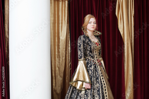 Fotografia, Obraz  Image of actress posing in historical costume