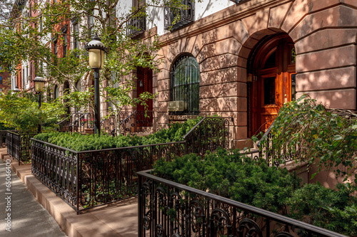 Photo  Chelsea townhouses and front yards, NYC