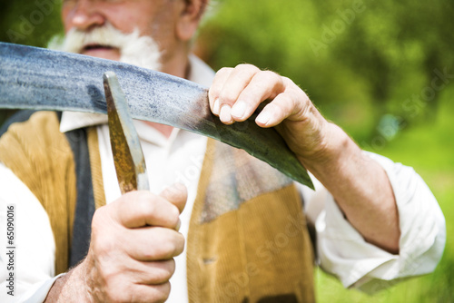 Fotografía Man with scythe