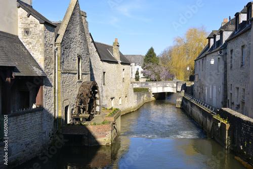 Poster Ville sur l eau River Aure at Bayeux in France
