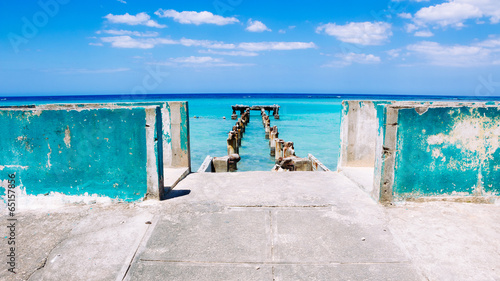 Photo Stands Caribbean Jamaica Blue Docks 2