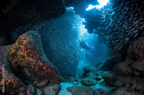 diver-in-underwater-cavern