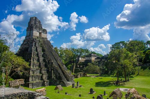 Foto op Aluminium Rudnes Tikal Maya Ruinen in Guatemala