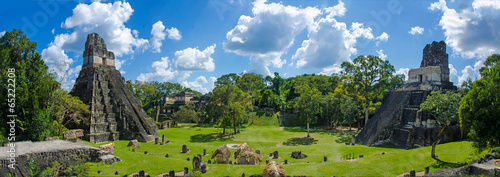 fototapeta na szkło Panorama Tikal ruiny w Gwatemali