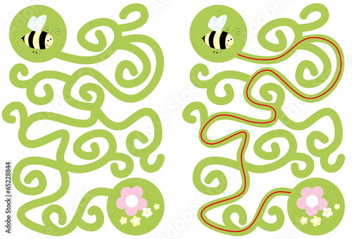 Photo  bee maze with solution- vectors for kids