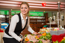 Catering Service Angestellte B...